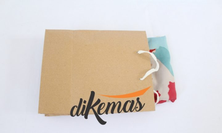 kemasan-jilbab-unik-paper-bag