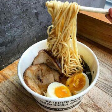 Paper bowl Ramen, Mie Asal Jepang yang Mengindonesia