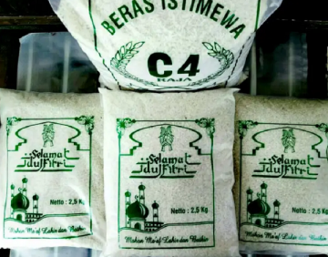 plastik kemasan beras zakat