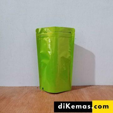 Standpouch alufoil hijau